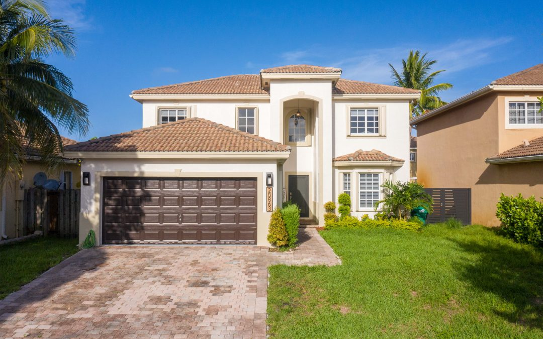 JUST LISTED IN CUTLER BAY: 20863 SW 88 PLACE