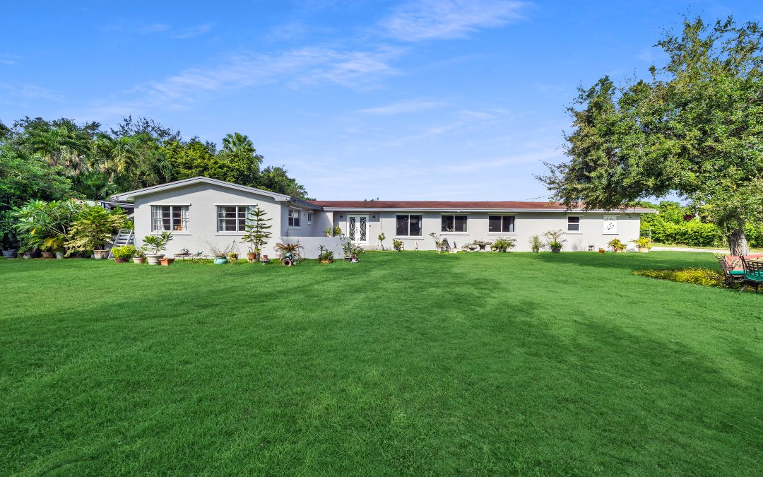 JUST LISTED IN HOMESTEAD: 29450 SW 180 AVENUE